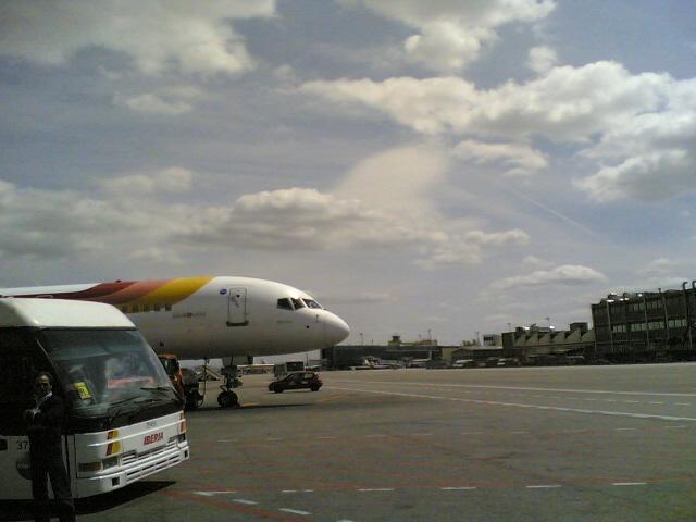 Barajas, con nubes